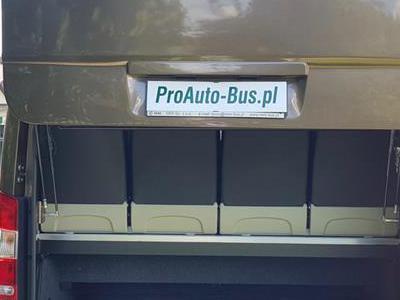 Bus 220
