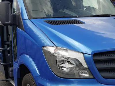 Bus 210