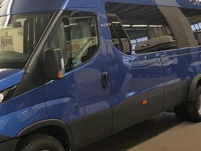 Bus 157