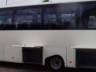Bus 145