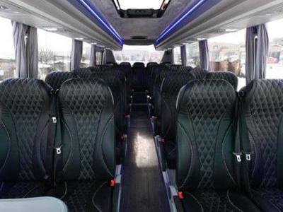 Bus 690