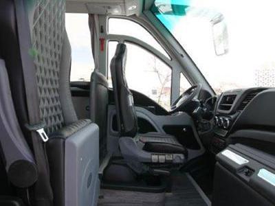 Bus 693