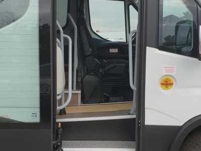 Bus 48