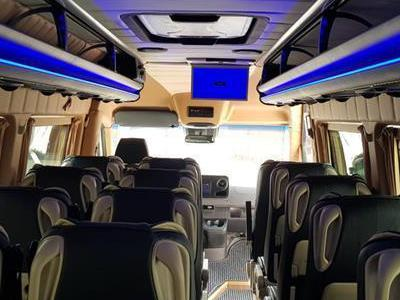 Bus 395