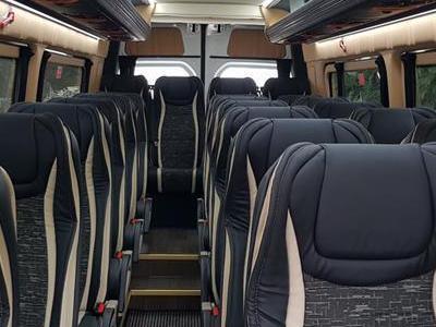 Bus 407