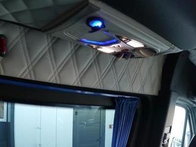 Bus 452